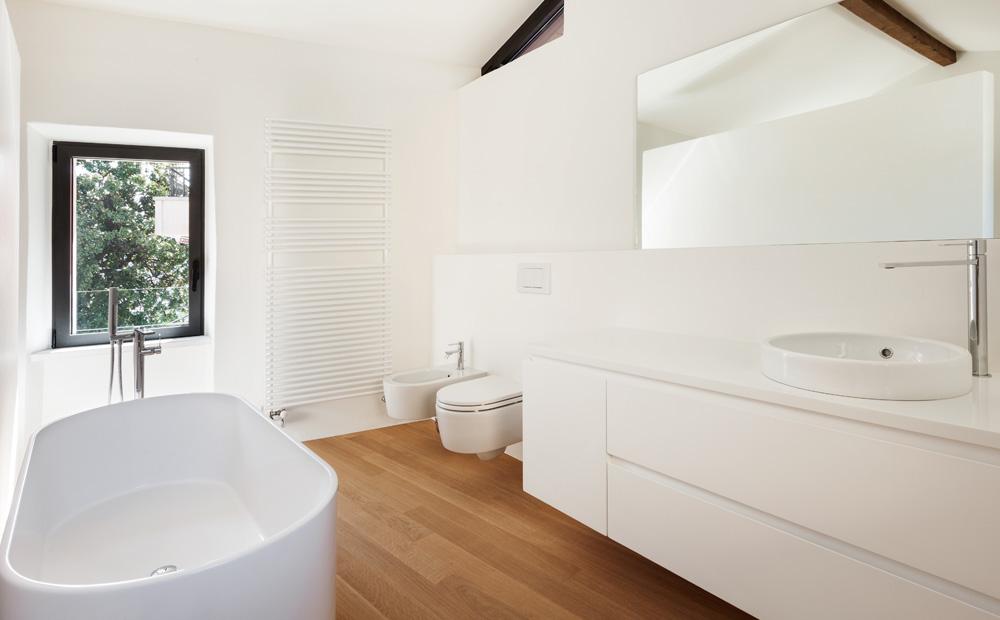 Badkamer ideeen wit beste inspiratie voor huis ontwerp - Badkamer tegelmat wit ...