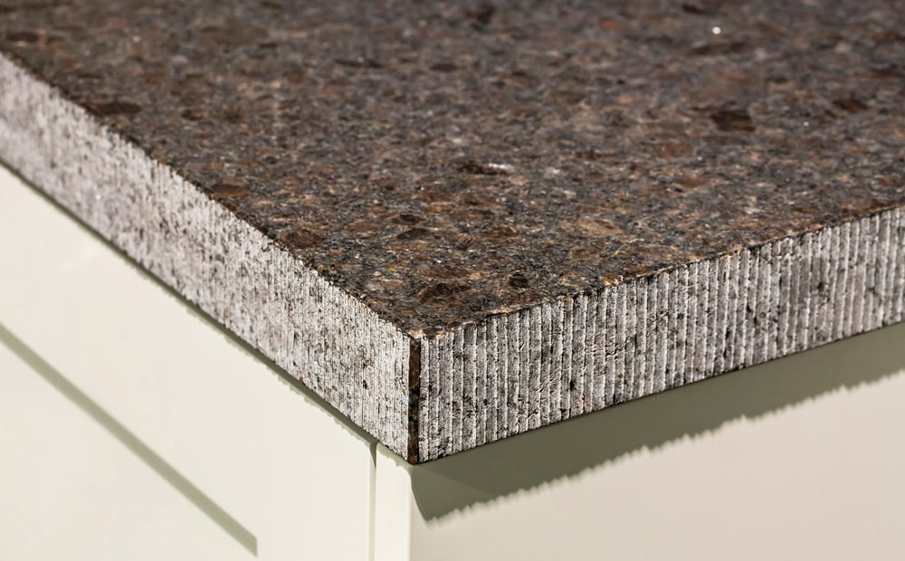 Natuursteen Blad Keuken : Graniet werkblad in de keuken: Soorten & Voorbeelden