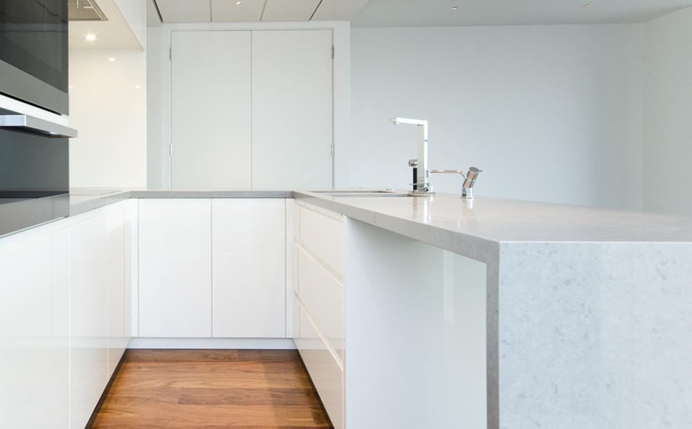 Keuken Decoratie Folie : Afwerking Witte Keuken : Graniet werkblad in de keuken soorten