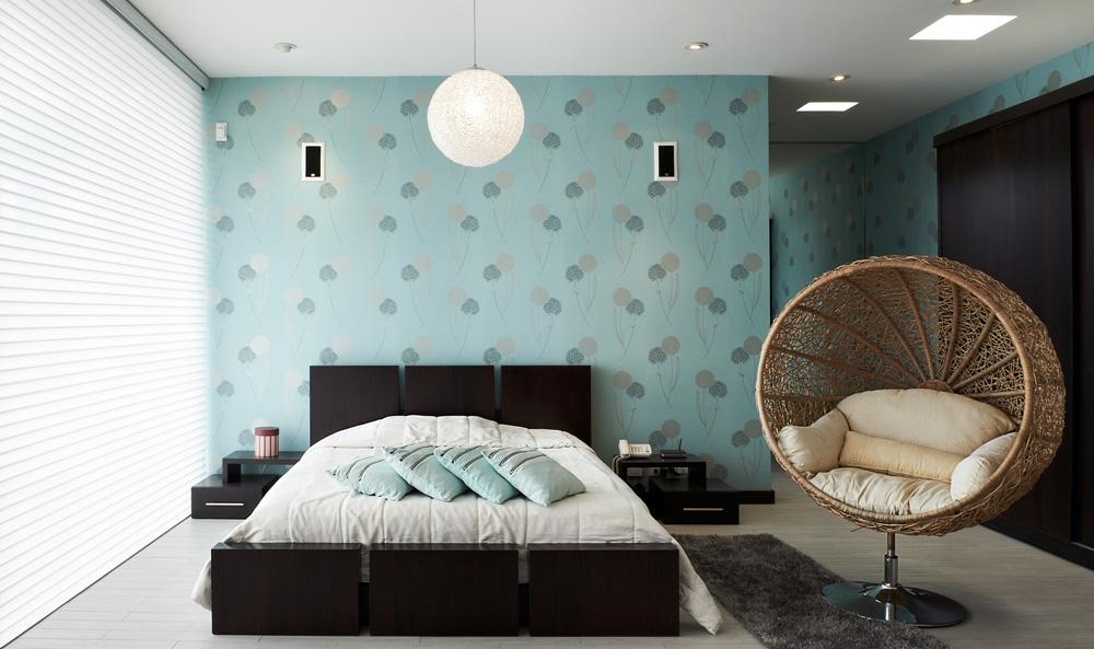 Behangpapier in een modern interieur idee n en voorbeelden - Modern volwassen kamer behang ...